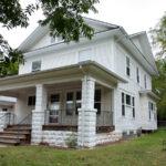 338 N Holyoke-125